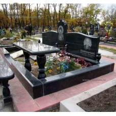 Зеркальный памятник 325 — ritualum.ru