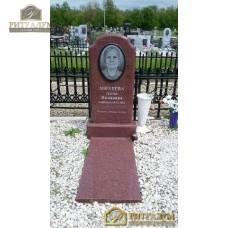 Памятник из цветного гранита 00008 — ritualum.ru